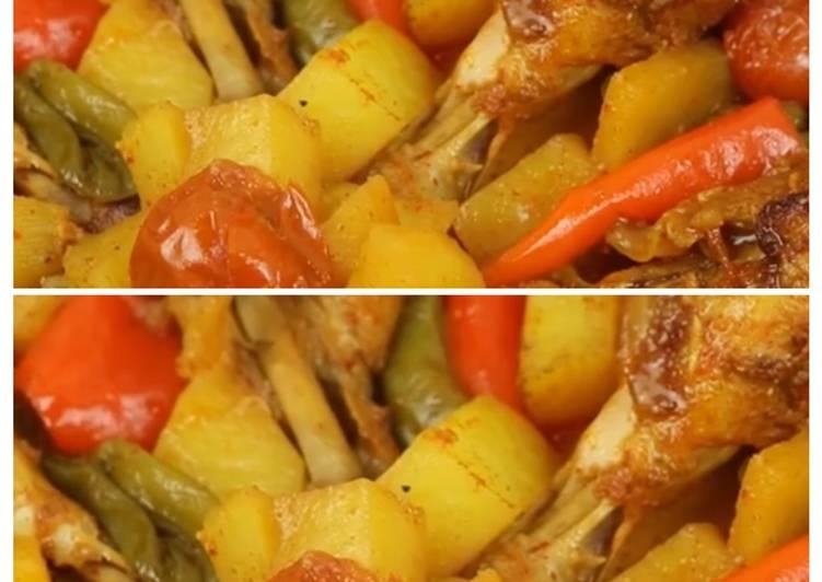 الصورة الرئيسية لوصفةافخاذ دجاج مع الخضار بالصويا