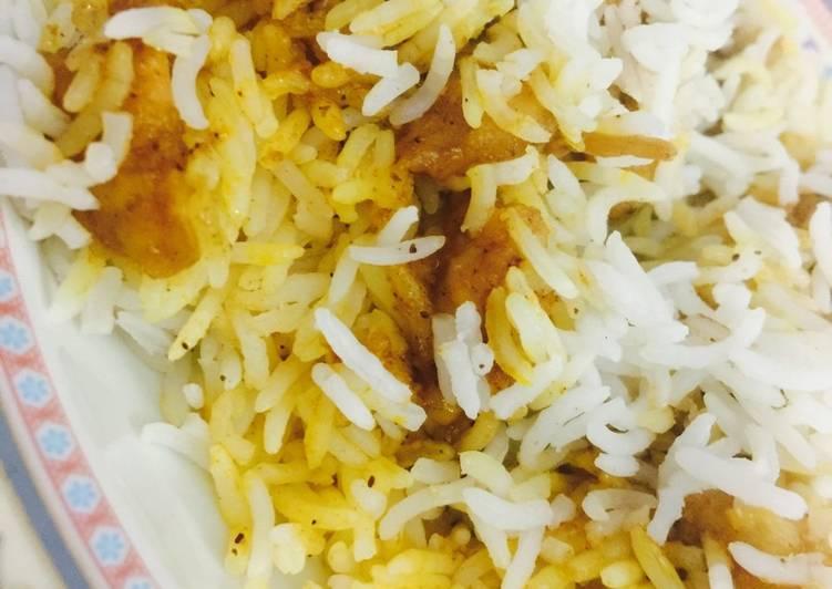 الصورة الرئيسية لوصفةأرز بالدجاج المقلي