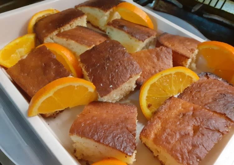 الصورة الرئيسية لوصفةطريقه عمل كيكه زبادي بطعم برتقال 😋😋😋