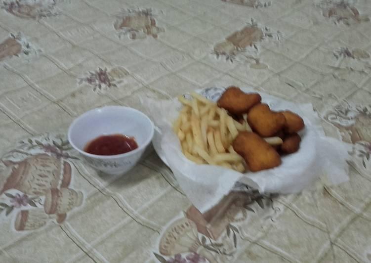 الصورة الرئيسية لوصفةقطع دجاج مع البطاطا المقلي 😊