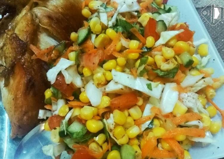 الصورة الرئيسية لوصفةدجاج مقلي مع سلطة الذرة 😋😋😋