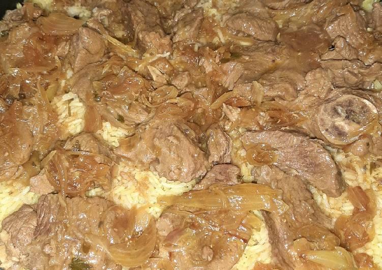 الصورة الرئيسية لوصفةهبرة اللحم مع الأرز بالكركم