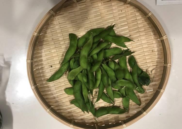 الصورة الرئيسية لوصفةفول الصويا تسالي نباتي إِدامامي edamame 1