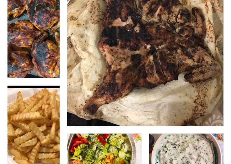 الصورة الرئيسية لوصفةدجاج مشوي مع السلطات والبطاطا المقليه 1