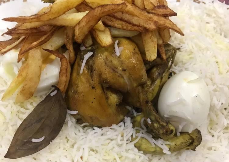 الصورة الرئيسية لوصفةدجاج مقلي مع ارز ابيض 1
